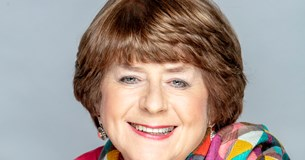 Pam Ayres: Up in the Attic